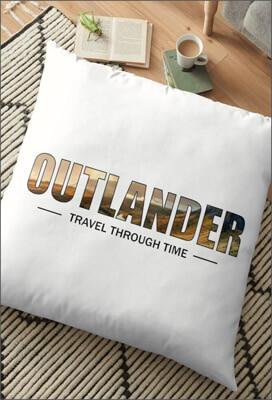 Coussin-Outlander-Travel-Through-Time